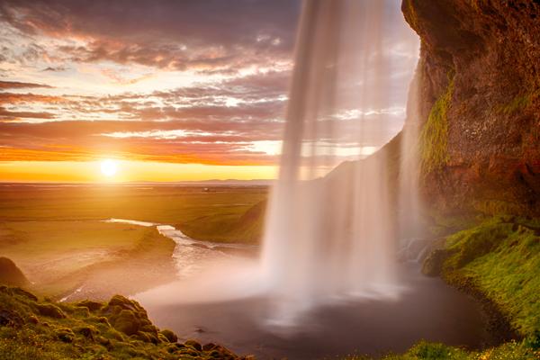 WaterfallSunset 600x400